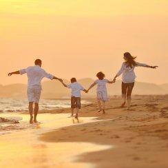 Happy family representing the Rapid Dose Therapeutics family.